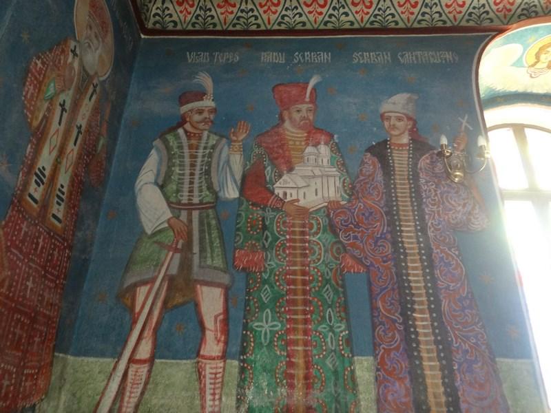 11. Ctitori manastirea Comana