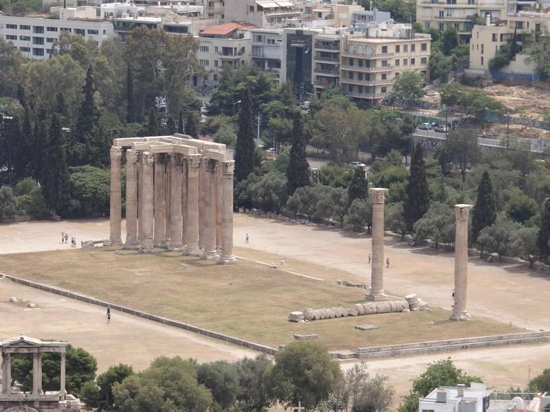 15. Templul lui Zeus Olimpianul