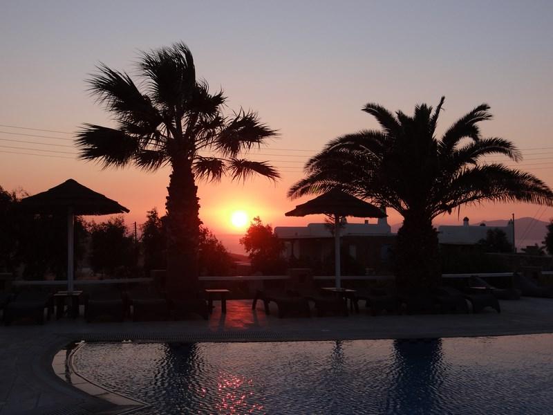 21. Apus de soare la Mykonos
