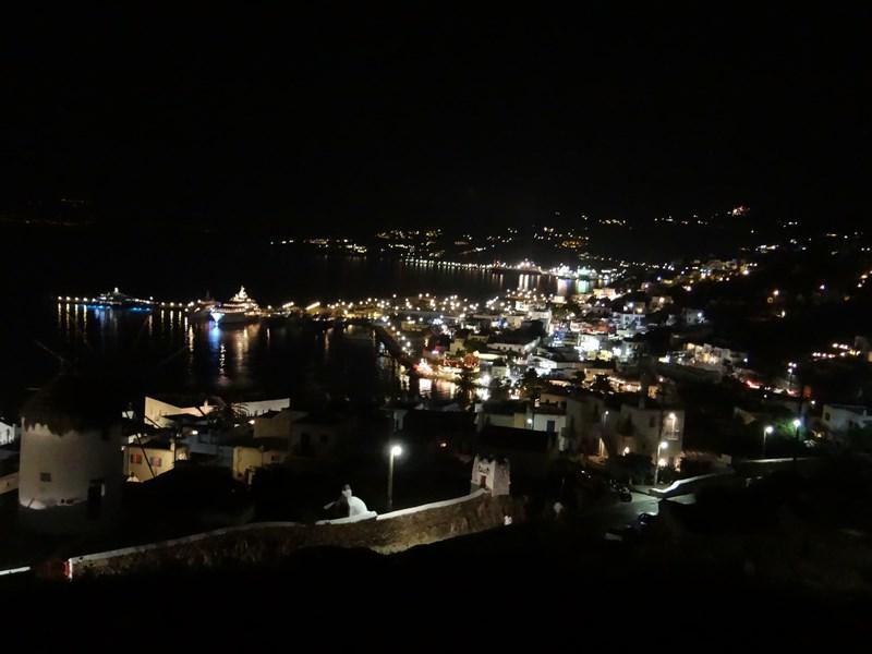 23. Noaptea in Mykonos