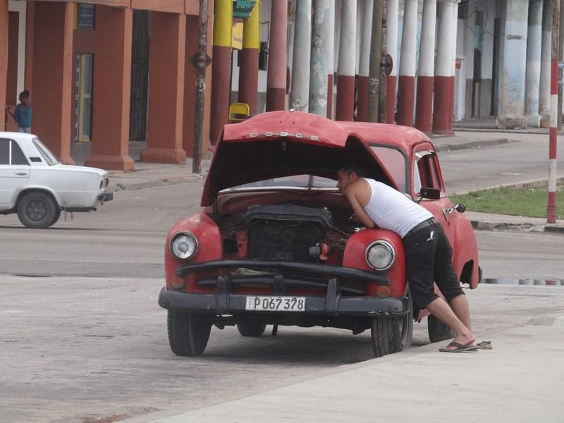 29. Reparatii masina
