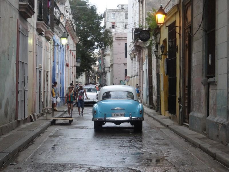 39. Strazi Havana