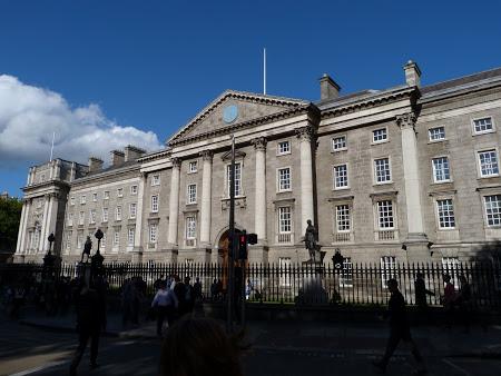 01. intrare Trinity College