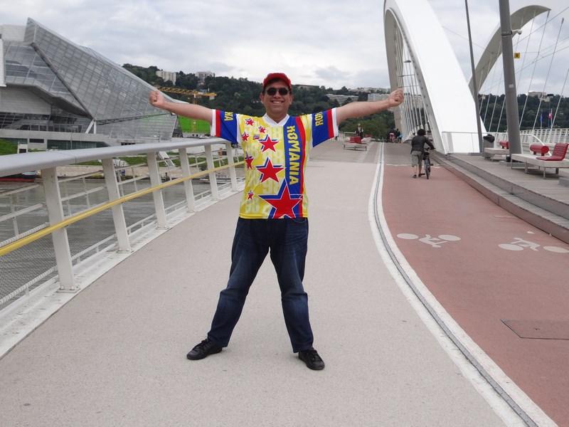 14. Pe podul din Lyon