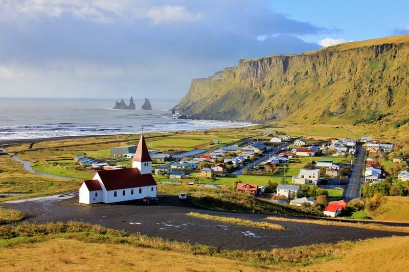 04. Sat Islanda