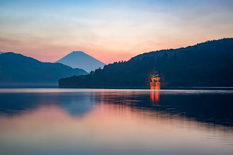 02. Lacul Ashi