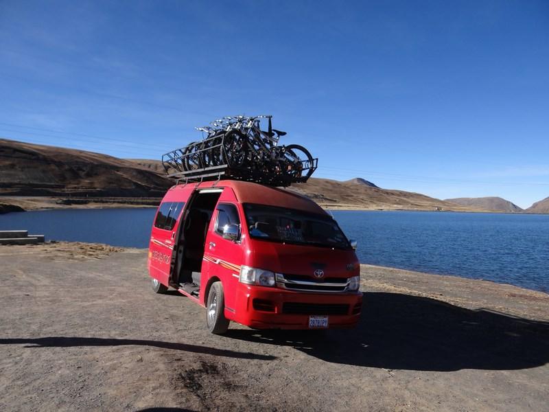 03. Microbuz cu biciclete