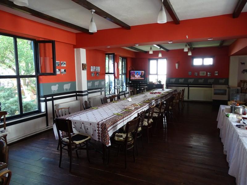 04. Restaurant Hanul Oierului