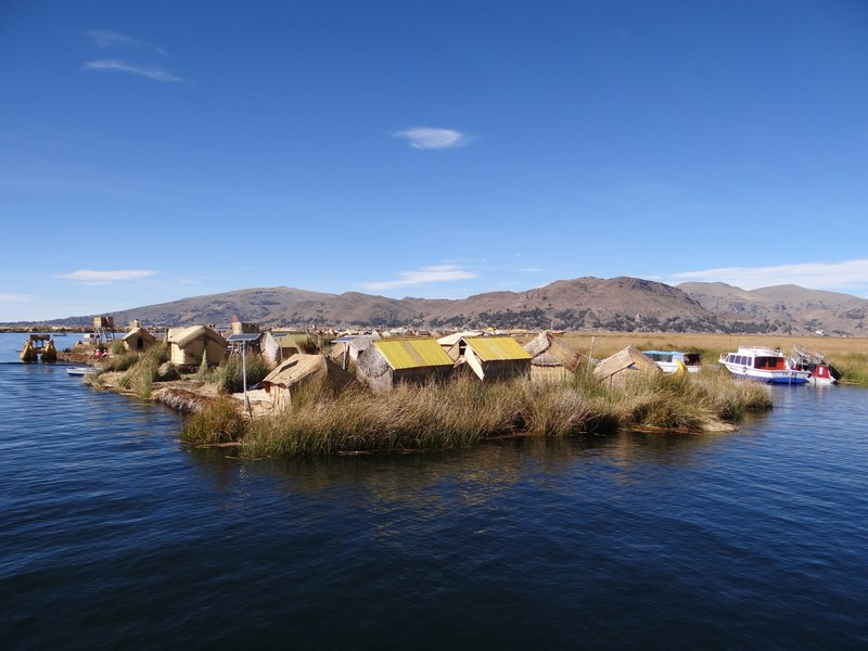04. insulele Uros