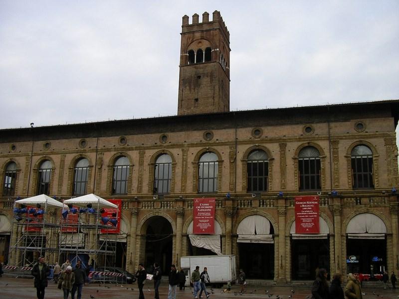 08. Piazza Maggiore - Bologna