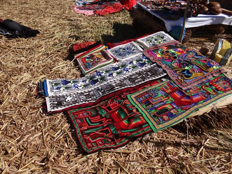 12. Artizanat Titicaca