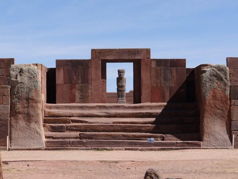 16. Tiahuanaco. Bolivia