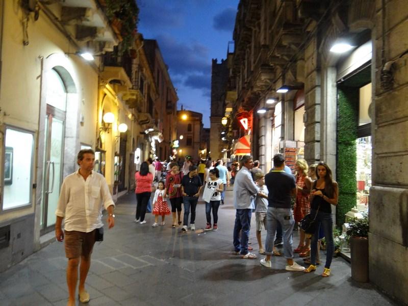 34. Escorts Taormina