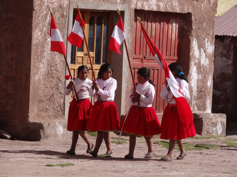 60. Fete Peru