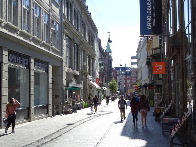 02-strada-comerciala-copenhaga
