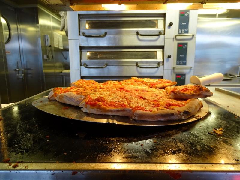 12-pizza-msc-opera