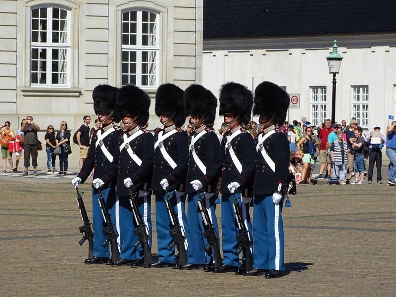 12-soldati-danezi