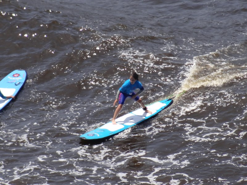 12-surfing-in-lima