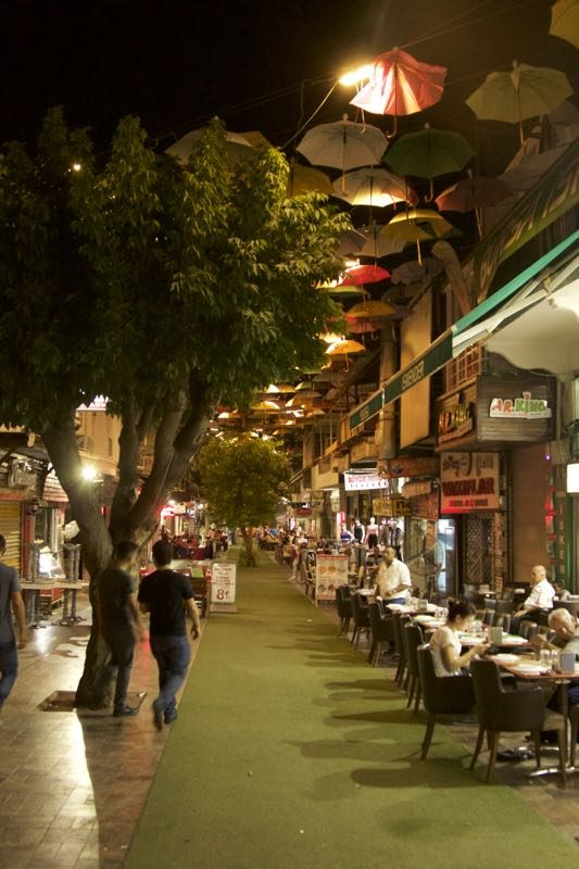 18-antalya-strada-comerciala
