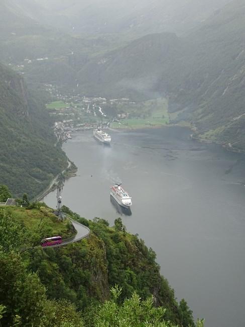 25-msc-opera-in-fjord