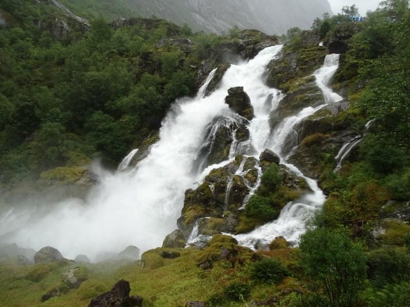 39-briksdal-waterfall