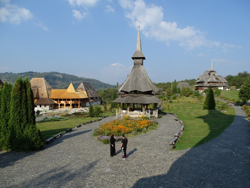 12-manastirea-barsana-maramures