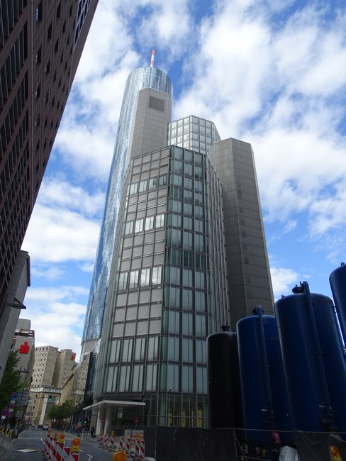 22-main-tower-frankfurt