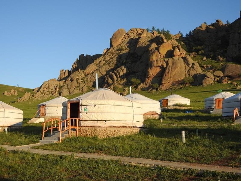 01-terelj-ger-camp
