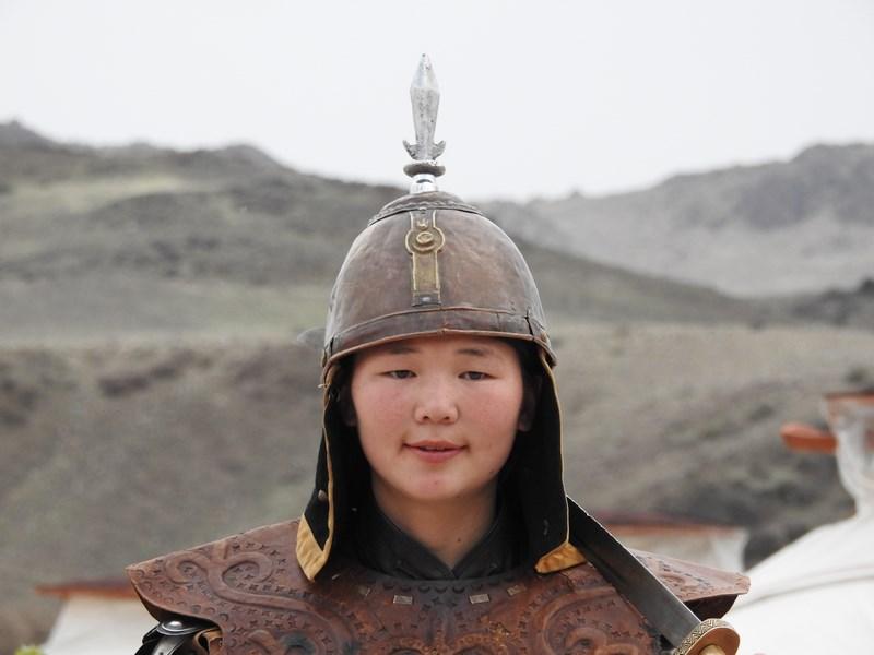 03-luptatoare-mongola