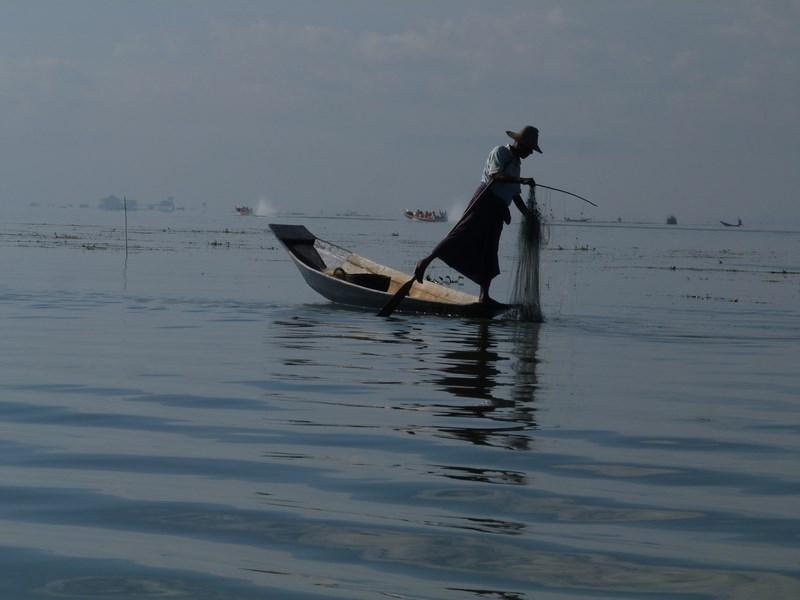 08-pescar-inle-lake