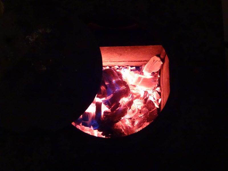 09-arde-focul