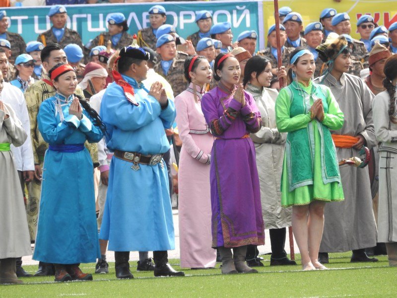 16-femei-mongole