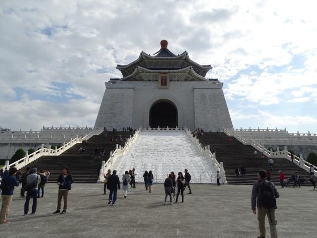 09-mausoleul-lui-chiang-kai-shek