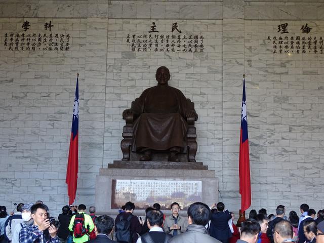 10-chiang-kai-shek