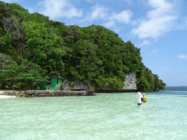64-long-beach-palau