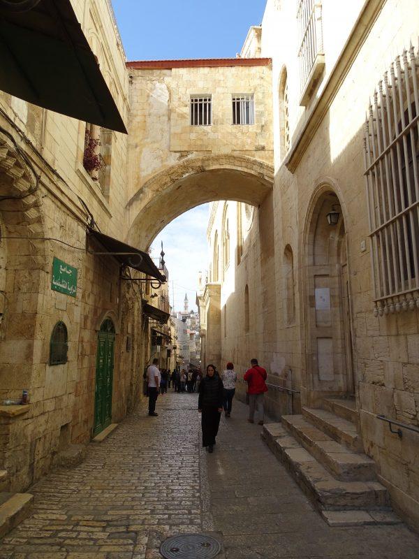 02. Prin vechea cetate Ierusalim
