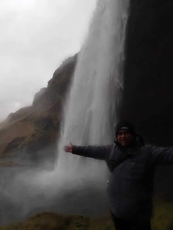 05. Cascada Seljalandsfoss - Islanda