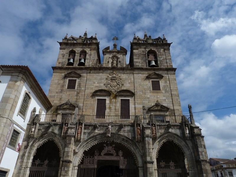19. Biserica Braga
