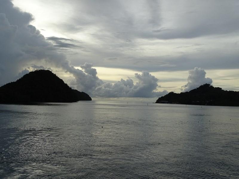 49. Apus de soare Palau