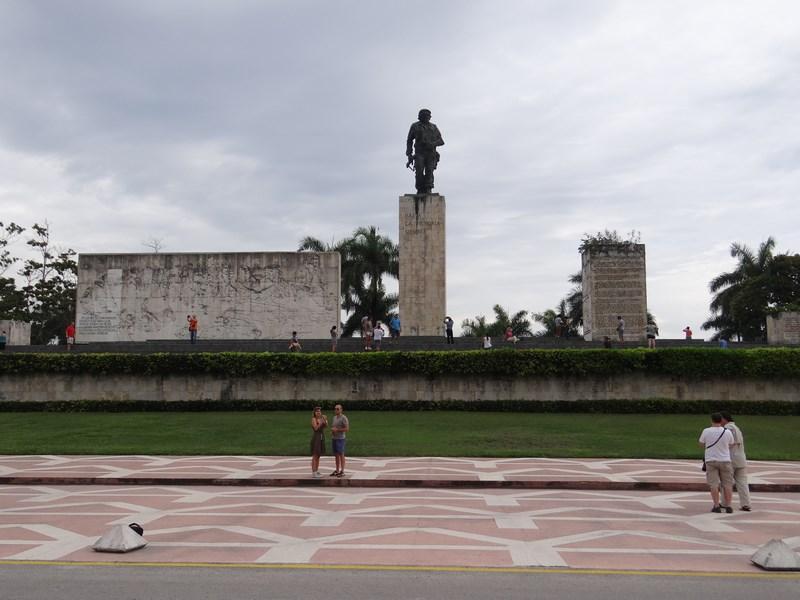 09. Monumentul lui Che