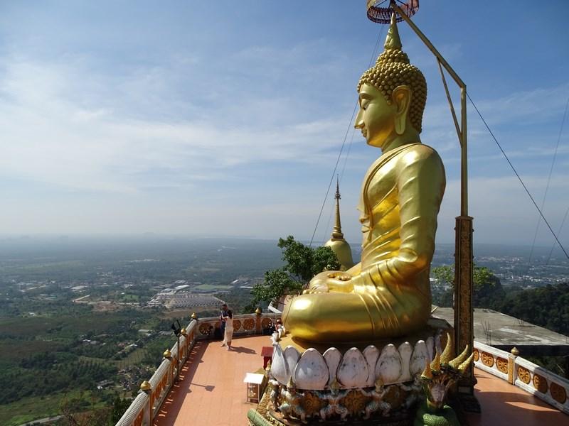 21. Buda de sus