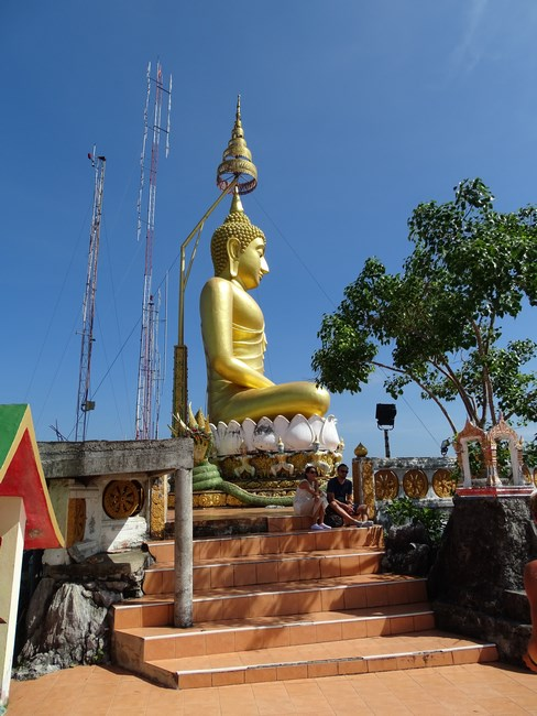22. Statuie Buda