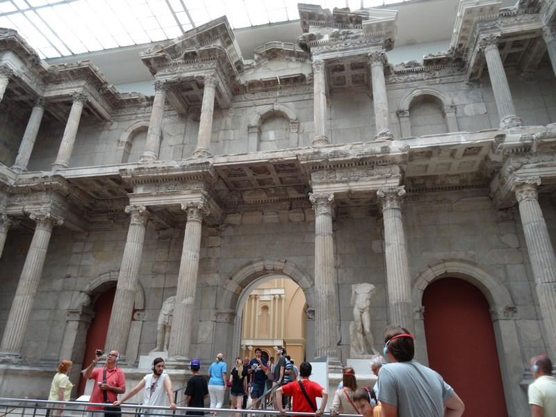 23. Poarta Milet
