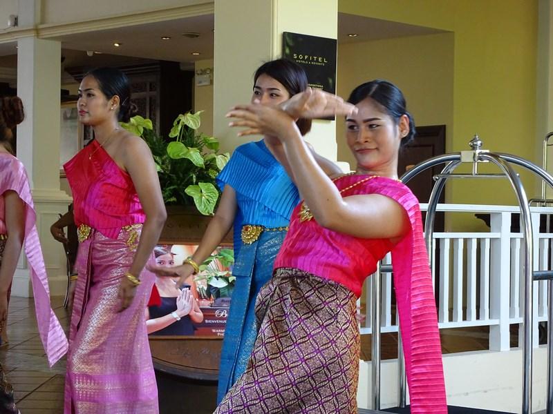46. Dansatoare thailandeza
