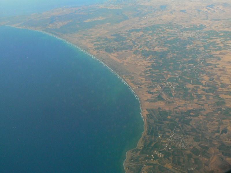 01. Zbor peste Cipru