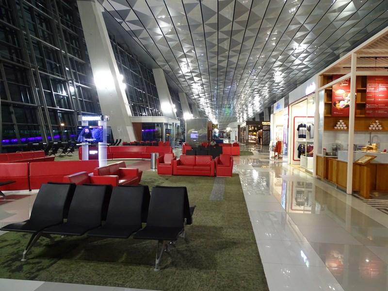 41. Jakarta airport - terminal 3