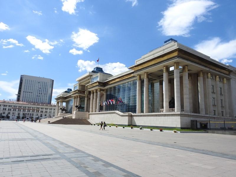 01. Piata centrala Ulaan Bataar