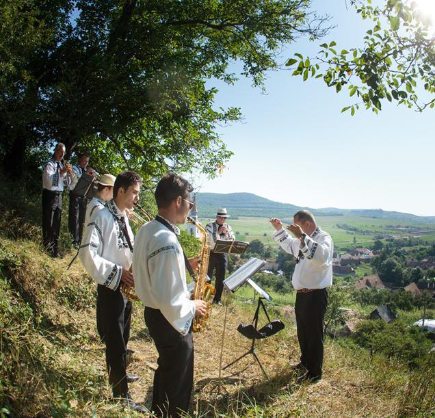 04. Dansuri traditionale - Transilvania
