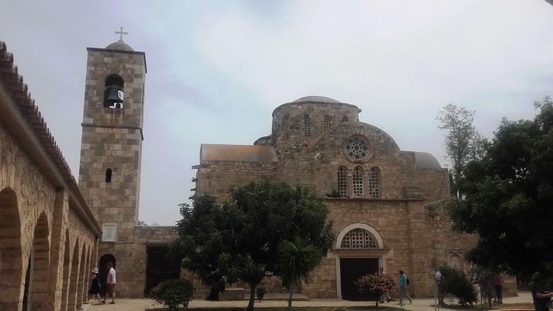 06. Sf Barnabas -Manastirea