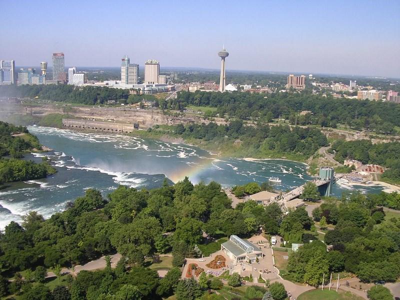 07. Niagara Falls